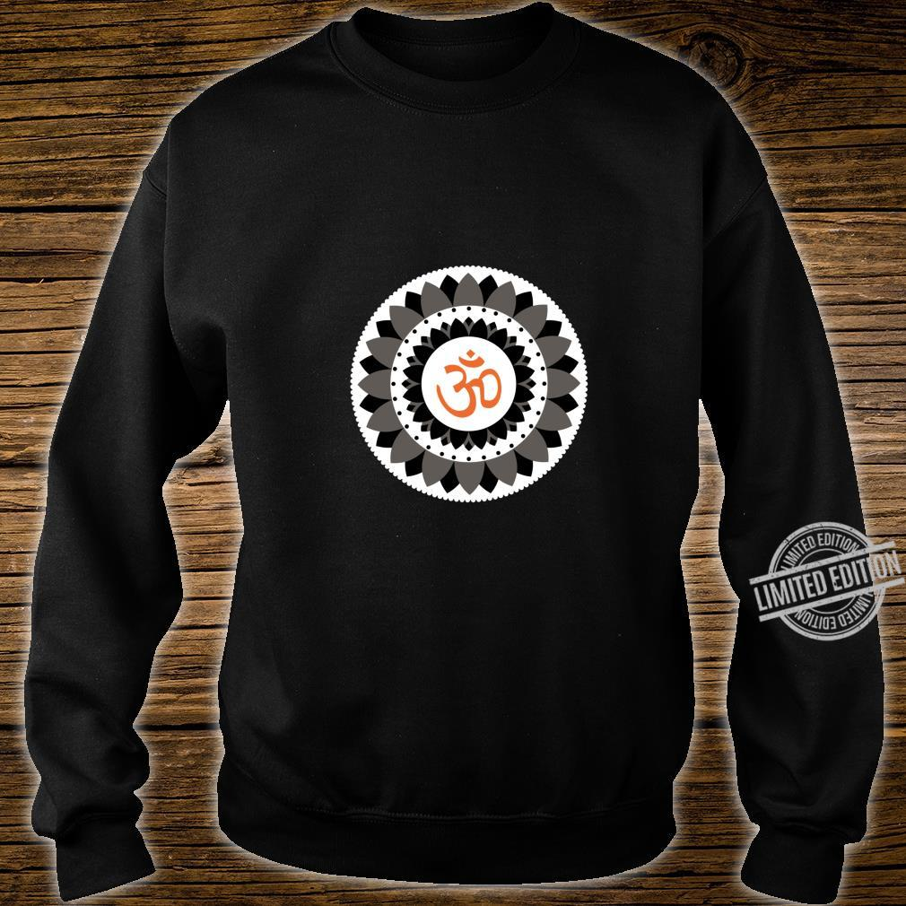 NAMASTE YOGA PRANA OM Spread Peace Shirt sweater